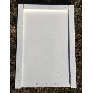 Beversible top/bottom board for beehive